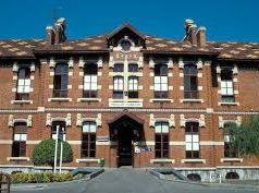 Hospital de Basurto (Bilbao). Bastante mal lo pasa ya el enfermo
