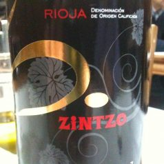 5.zintzo / Zintzo 5. Un vino polivalente y honesto