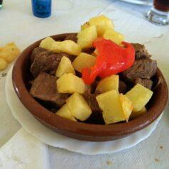 Restaurante El Sucón (Llanes). Viva el cochino jabalín