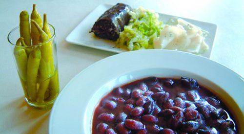 Alubias, guindillas y sacramentos (imagen tomada de gastronomiavasca.eu).