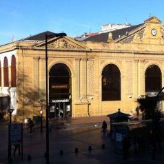 Mercado de la Bretxa (Donostia). Shopping in sábado