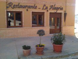 Fachada de La Alegría (foto: FB del restaurante)