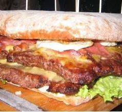 Hamburguesería Deluxe (Bilbao). ¿Kaka de luxe o hamburguesas de lujo?