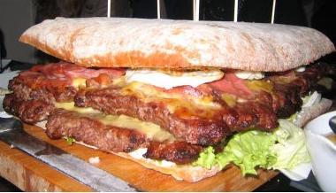 Peazo hamburguesa de Deluxe.