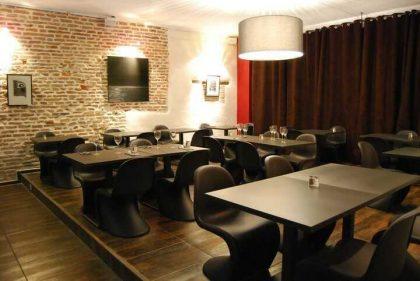 Imagen del comedor de La Reserve tomada de montauban-info.com