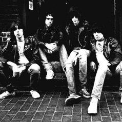 Ramones. 'I wanna be sedated'