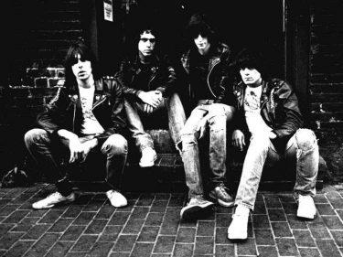 Así lucía en blanco y negro Ramones, banda preferida de Cuchillo.