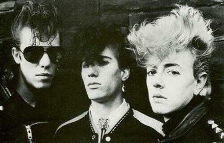 Slim Jim Phantom, Lee Rocker y Brian Setzer. Stray Cats.