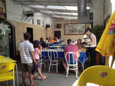 Comedor de Adega Paço do Conde. Desordenada habitación (foto: cuchillo)