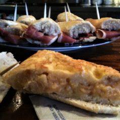 Por comentar: la tortilla del Begihaundi (Pasai San Pedro), bien buena sin cebolla