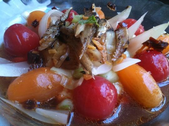 Mullador de tomate, capellán y bacalao, de El Baret de Miquel Ruiz (foto: Cuchillo)