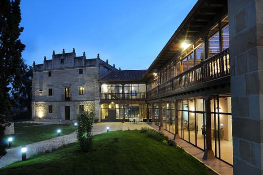 Vista exterior del Palacio de Mijares, tomada de su web.