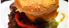 Holly Burger (Donostia). Odiosas comparaciones