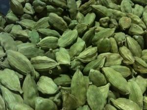 Cardamomo, recién traído de India (foto: Cuchillo)