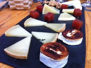 Tabla de quesos, en Ardoka (foto: Cuchillo)