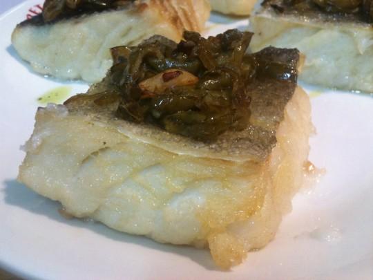 Bacalao con pimientos, en Iretza Sagardotegia (foto: Cuchillo)