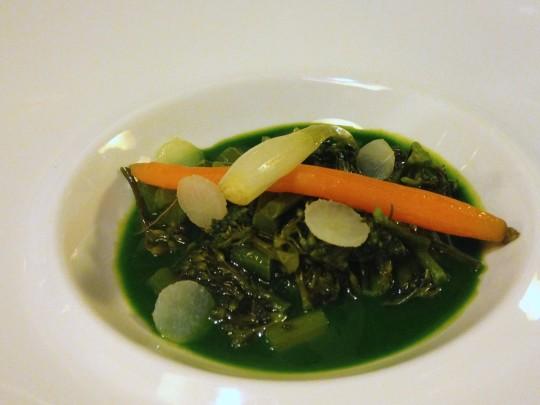 Sopa de bimi, en Etxanobe (foto: María Mora)
