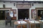 Fachada del Bar Larra (foto: OCE)