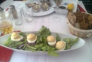 Huevos con mayonesa, en Le Cochon Volant (f: OCE)