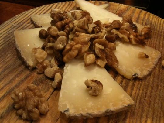 También he comido queso y nueces, en el Xukela (foto: Cuchillo)
