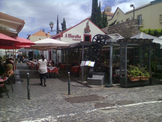 Fachada del restaurante A Muralha (foto: O.C.E.)