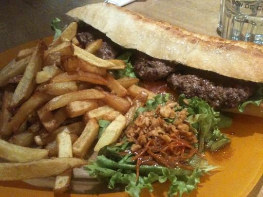 El sandwich americain de Barmout (foto: Cuchillo)