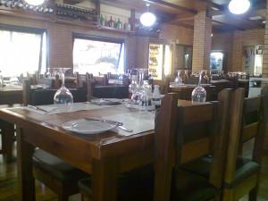 Comedor interior de Lareira Portuguesa (foto: O.C.E.)