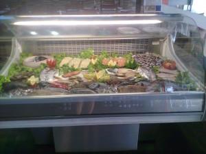 Expositor de pescado, en Lareira (foto: Susana)