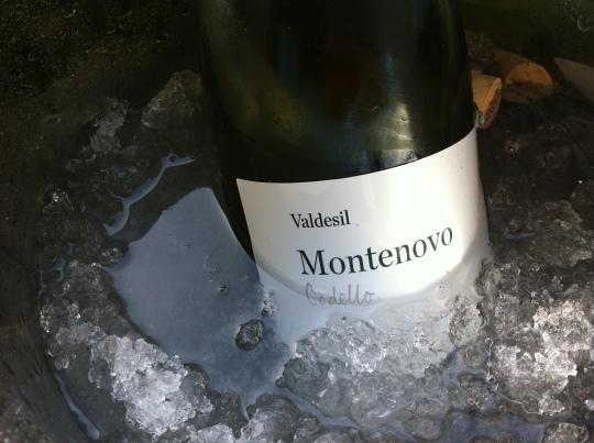 La botella de Montenovo, en remojo, en Güeyu Mar (foto: Cuchillo)
