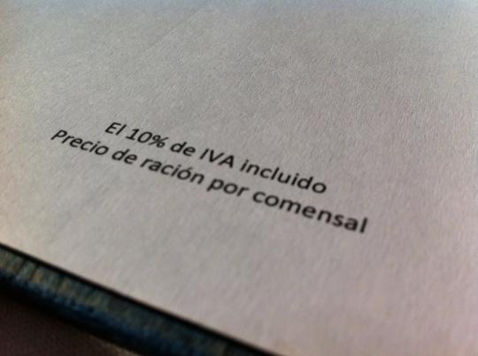 El IVA, incluido, como tiene que ser (foto: Cuchillo)