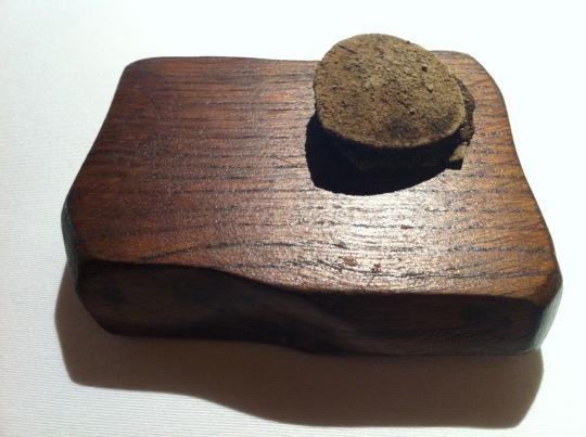 Láminas de trufa de verano. Aliño fresco de ajo y perejil, de Mugaritz (foto: Cuchillo)
