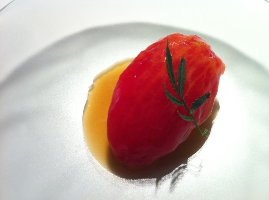 Tomate... con callos, de Mugaritz (foto: Cuchillo)