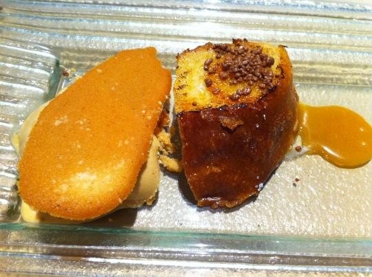 Torrija de naranja caramelizada, una gozada en Gaminiz (foto: Cuchillo)