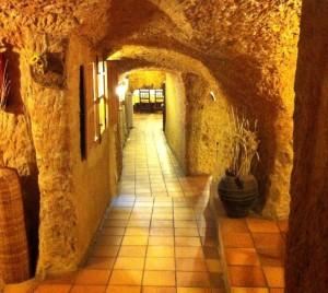 Interior de Bodega La Solana (foto: Uve)