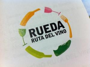 El logo de la Ruta del Vino de Rueda (foto: Cuchillo)