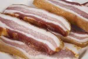 Lonchas de panceta (foto: torreznodesoria.com)