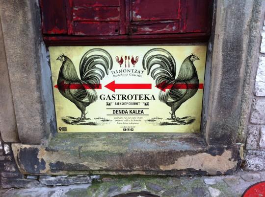 Reclamo callejero de Danontzat Gastroteka (foto: Uve)
