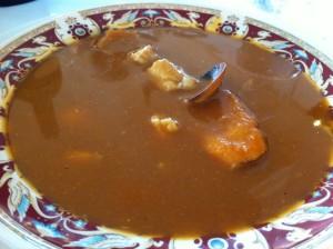 Sopa de pescado, en El Txakoli (foto: Cuchillo)