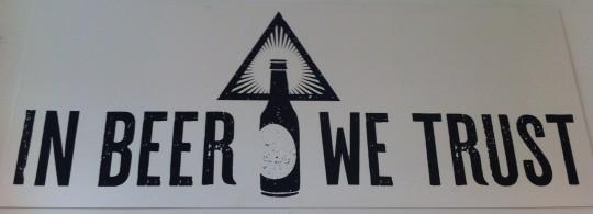 Loa a la cerveza en una de las paredes de La Manducateca (foto: Cuchillo)