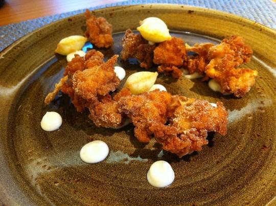 Mollejas con coliflor, en Prêt à Porter (foto: Cuchillo)
