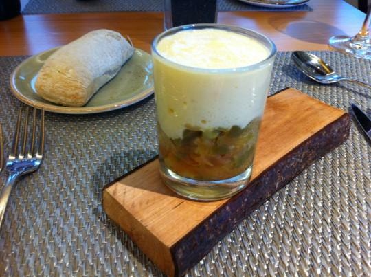 Pisto a la bilbaína con espuma de patata, en Prêt à Porter (foto: Cuchillo)
