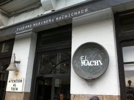 Detalle de la fachada de El Machi, Taberna Marinera Machichaco (foto: Cuchillo)