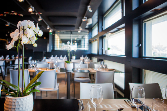 Imagen del comedor de Ni Neu (foto: restaurantenineu.com)