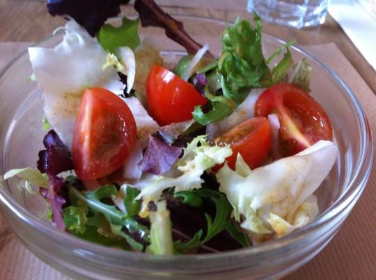 Sencilla ensalada, en Trimmer (foto: Cuchillo)
