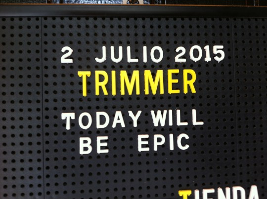 Detalle del letrero que recibe en Trimmer (foto: Cuchillo)