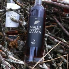Malus Mama. La exclusiva dulzura de aquel manzanal junto al cementerio