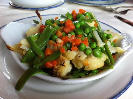 Menestra de verdura, del menú del día de Astei (foto: Cuchillo)