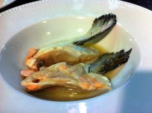Aletas de salmón, por Carpier (foto: Cuchillo)