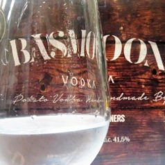 Basmoon Vodka. Patata alavesa y cinco destilaciones
