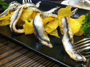 Boquerones con patatas fritas, de Amaiketako, en Le Club (foto: Cuchillo)